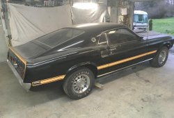Este Ford Mustang Mach 1 no ha salido de su garaje en 38 años