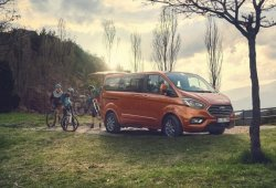 El Ford Tourneo Custom mejora equipamientos y motores en 2019