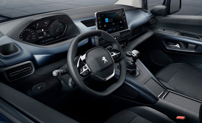 Peugeot Rifter Long - interior